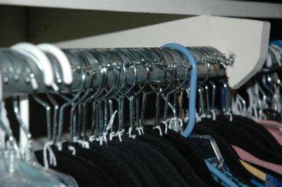 closet hanger trick